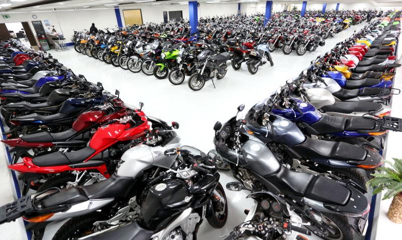 Que vérifier à l'achat d'une moto d'occasion ?